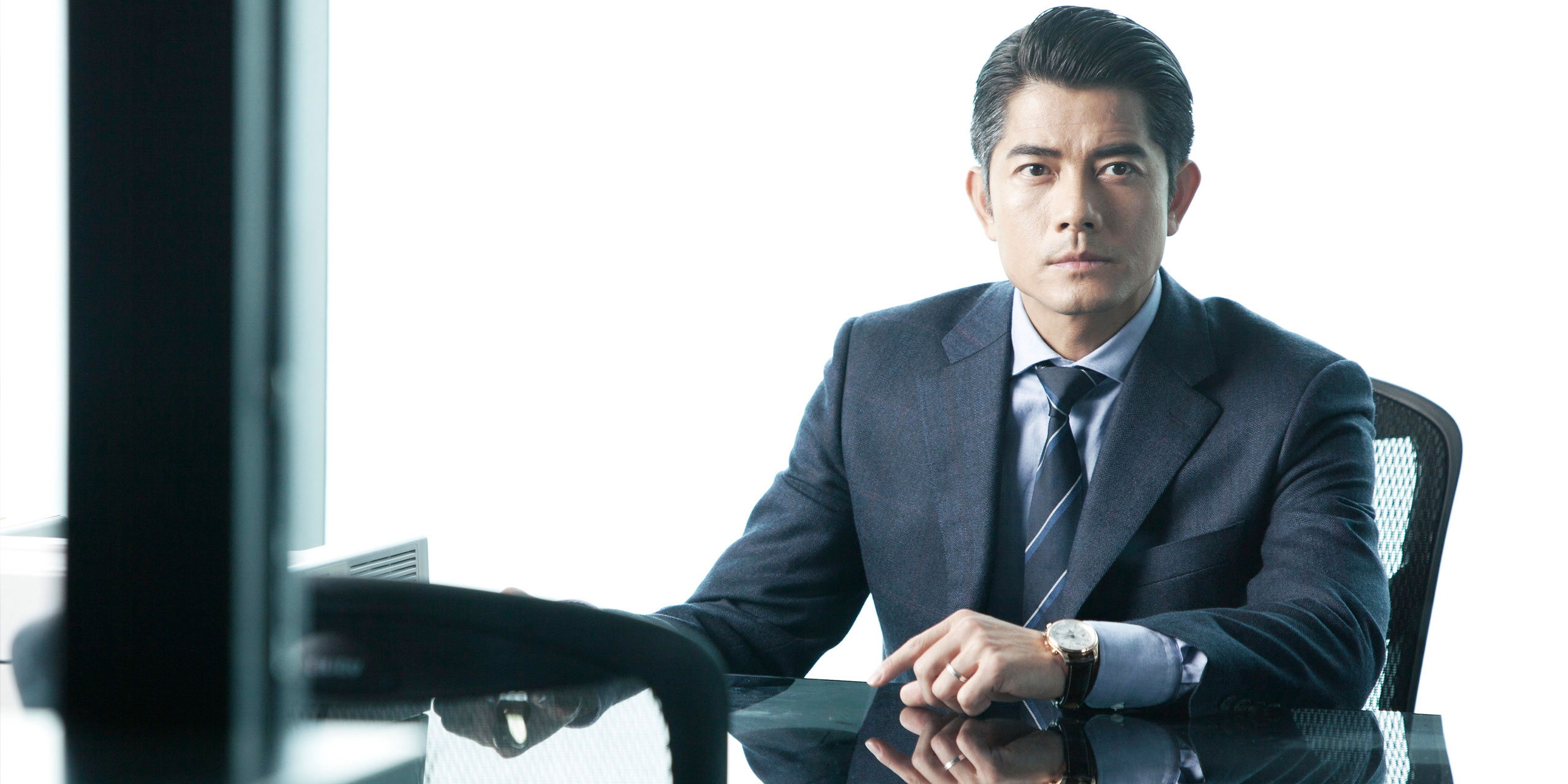 luxury watches in film cold war starring aaron kwok 2560 x 1280