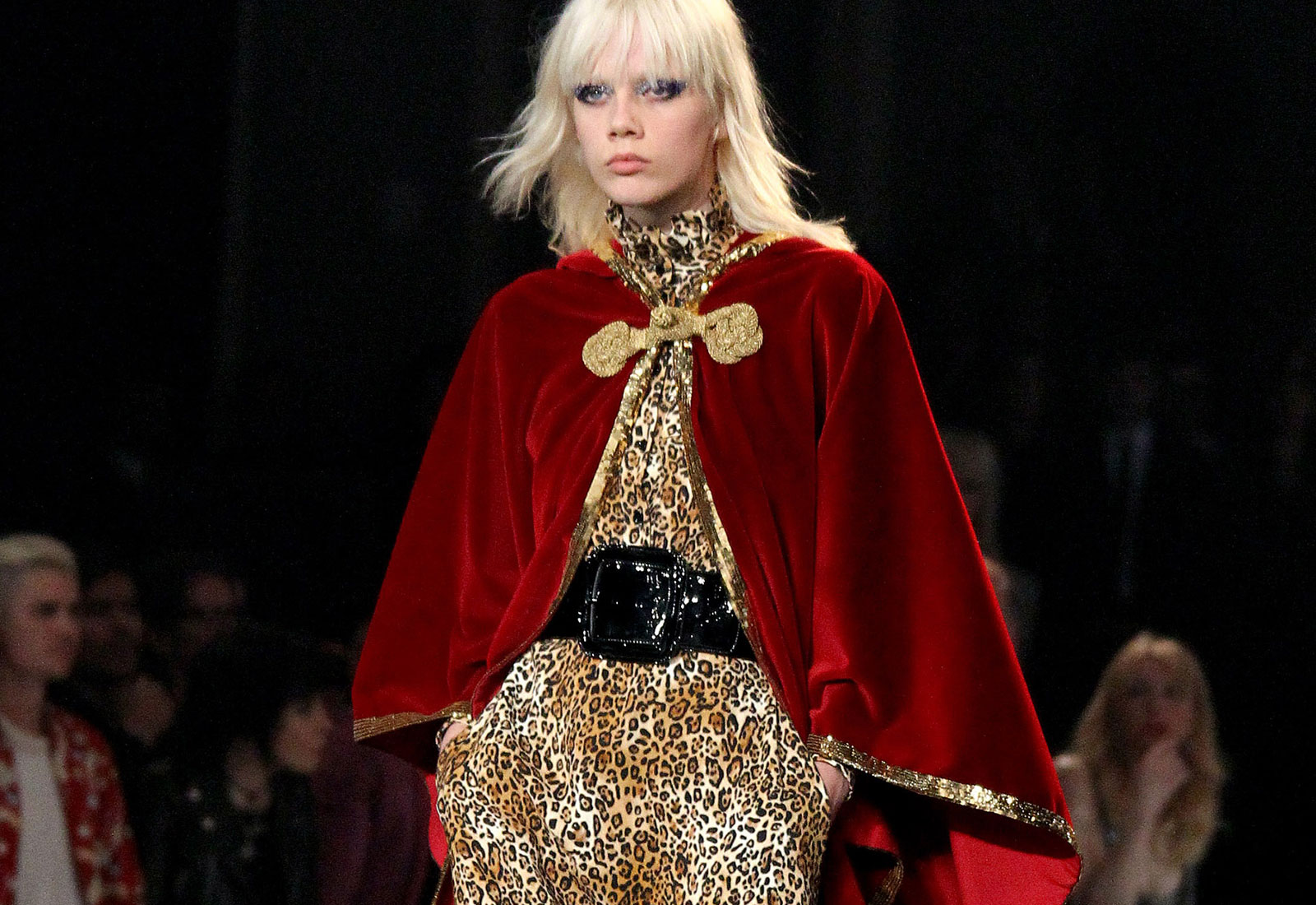 saint laurent aw16/17 runway look capes winter fashion trends 1600 x 1100