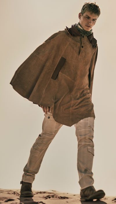 spring and summer menswear 2016 belstaff neutral cape 400 x 702