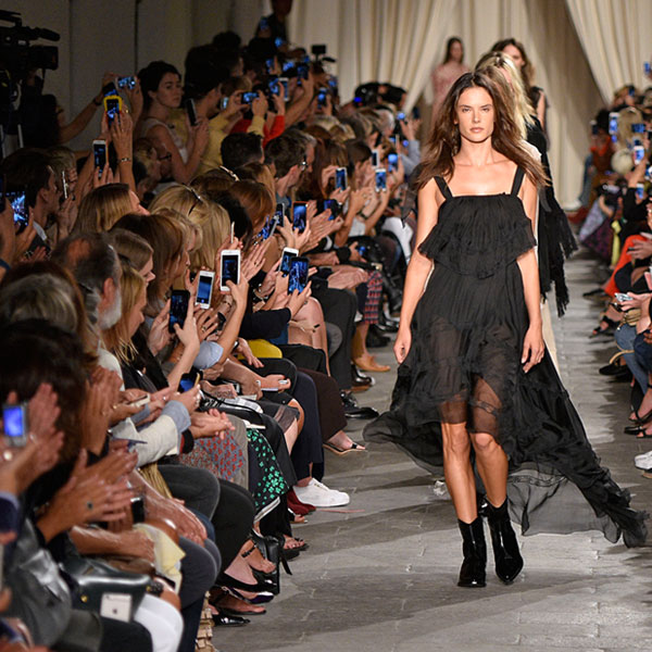alessandra ambrossio fashion week runway catwalk 600 x 600