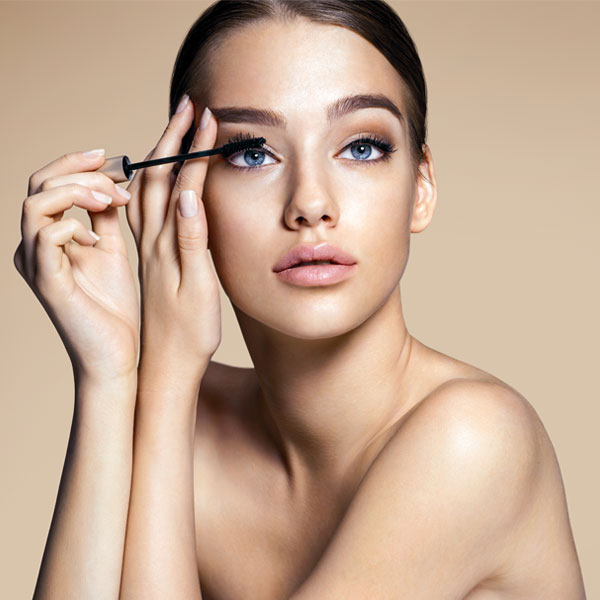 eye makeup tips applying mascara 600 x 600