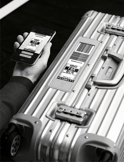 new rimowa topas electronic tag suitcase 400 x 524