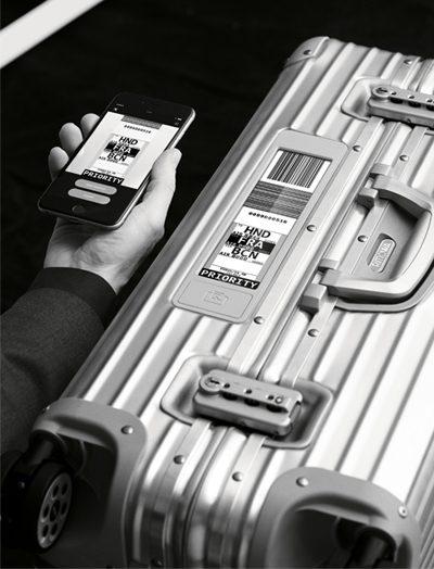 new rimowa topas electronic tag suitcase 400 x 524