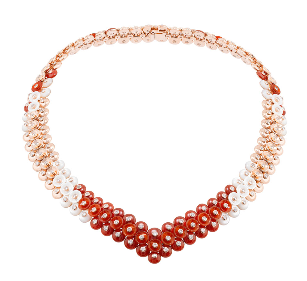 Van Cleef and Arpels Bouton d'Or necklace bouton dor necklace 994 x 910
