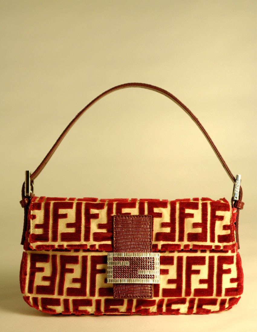 fendi fashion top iconic looks featuring baguette bag 850x1100