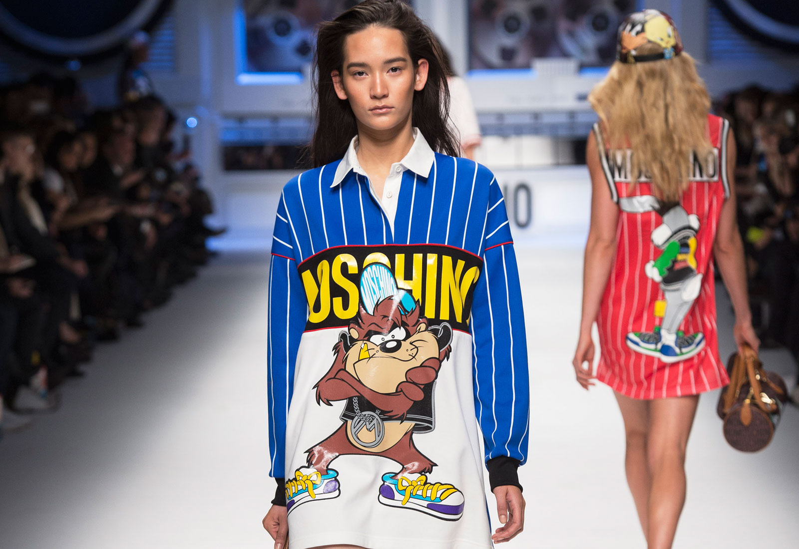 cartoon couture featuring moschino looney tunes fashion designed by jeremy scott 1600x1100