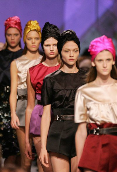top 5 iconic prada milano collection looks featuring turban 2007 runway 400 x 586