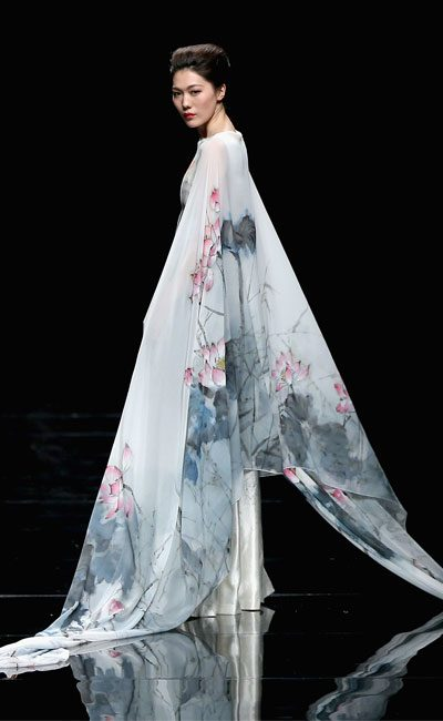chinese fashion design deng zhao ping runway 400x650