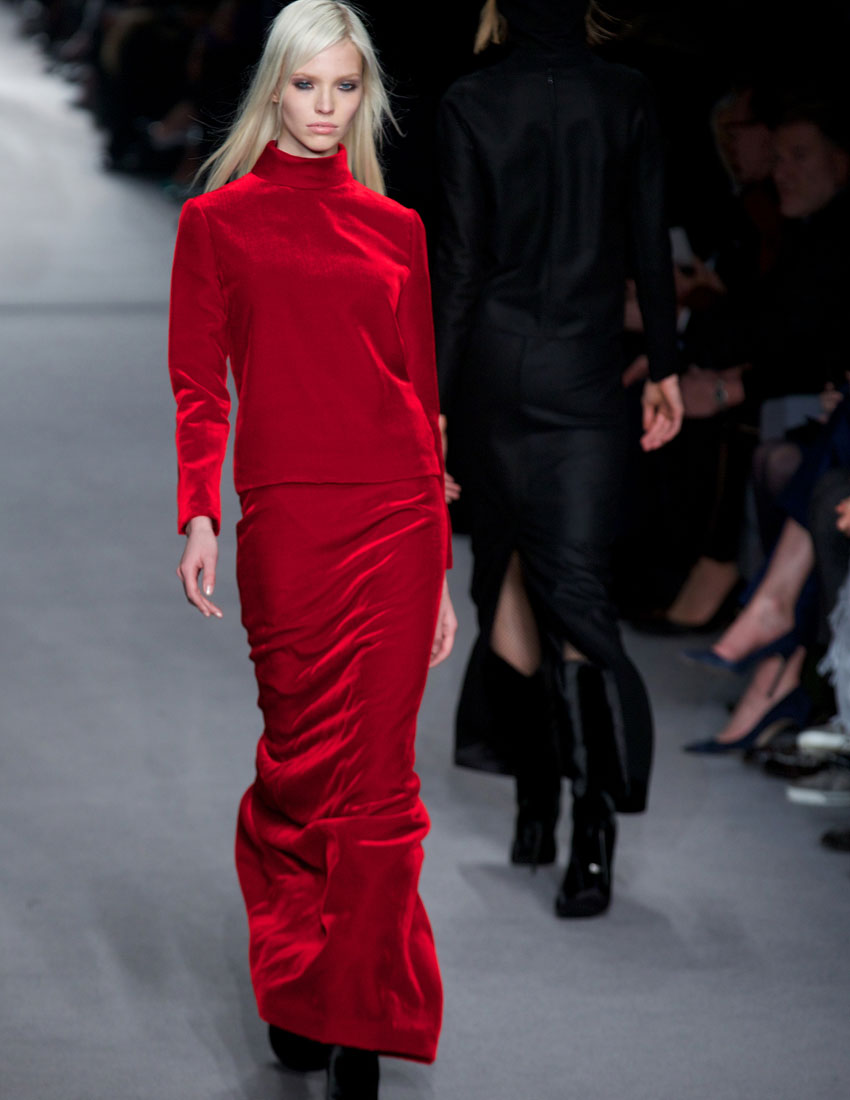 ideas for christmas party outfits featuring tom ford velvet skirt at runway